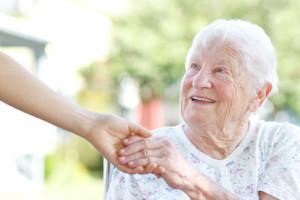 Altersrückstellungen ermöglichen niedrige Beiträge für Senioren im Alter